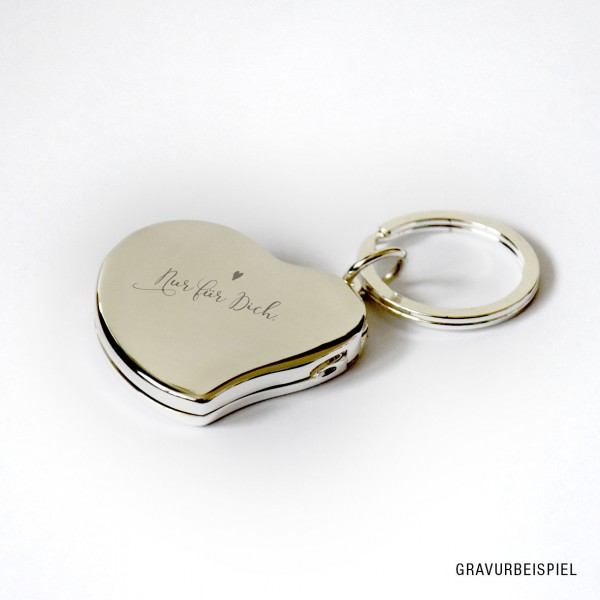 versilberter Schlüsselanhänger in Herzform, inkl. Textgravur